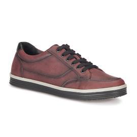 حذاء للرجال باللون الاحمر (الخمري) من ماركة بولاريس