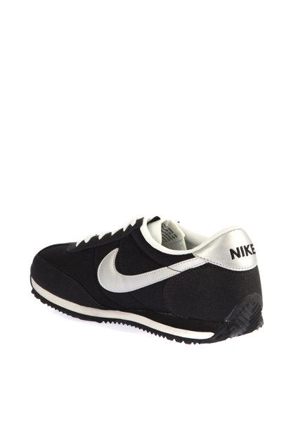 حذاء رياضي نسائي للجري ماركة NIKE