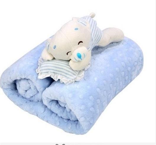 هدية المولود الجديد بطانية زرقاء مع دبدوب