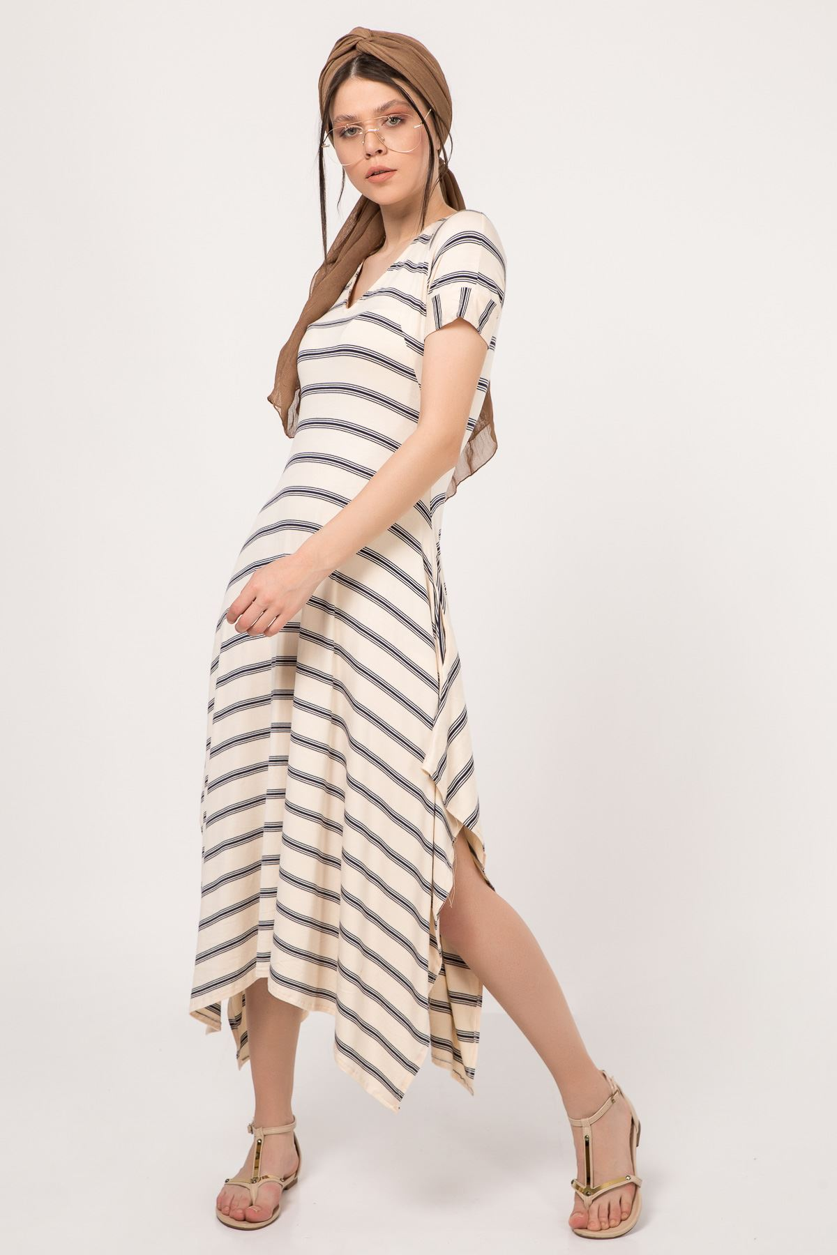 فستان الغير متناهي المخطط للبنات