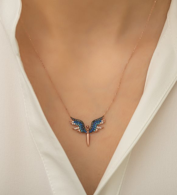 قلادة الملاك الزرقاء الفضية عيار 925